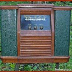 Radios antiguas: RADIO-CASSETTE VINTAGE. Lote 68762193