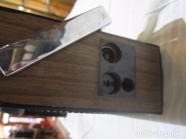 Radios antiguas: Cassette Grundig C200. Medidas: 25 x 7 x 15 cms. altura. incluye funda. - Foto 5 - 72207943