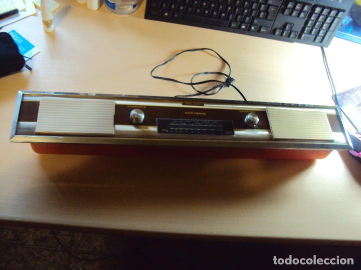 RADIO CAMA VINTAGE (Radios, Gramófonos, Grabadoras y Otros - Transistores, Pick-ups y Otros)