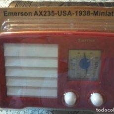 Radios antiguas: RADIO DE LA COLECCION RADIOS DE ANTAÑO - EMERSON AX235 - USA -1938 - MINIATURE. Lote 74100335
