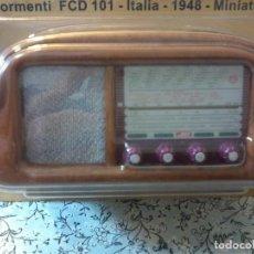 Radios antiguas: RADIO DE LA COLECCION RADIOS DE ANTAÑO - FORMENTI FCD 101 - ITALIA - 1948- MINIATURE. Lote 74270587