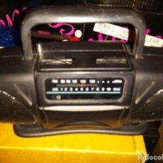 Radios antiguas: MINI RADIO FORMA EQUIPO DE MUSICA FUNCIONANDO. Lote 74357619
