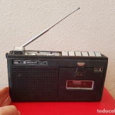 Radios antiguas: ANTIGUA RADIO CASSETTE TRANSISTOR VINTAGE SANYO MR 4141 PORTABLE MR4141 CON FUNDA. Lote 75255603