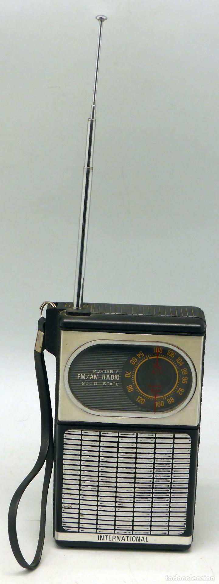 TRANSISTOR INTERNATIONAL RADIO AM FM AÑOS 70 NO FUNCIONA (Radios, Gramófonos, Grabadoras y Otros - Transistores, Pick-ups y Otros)
