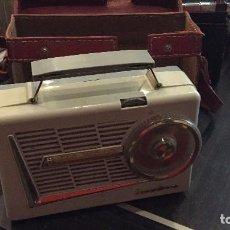 Radios antiguas: VINTAGE RADIO TRANSISTOR DE WALD , AÑO 1958. Lote 77405265
