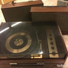 Radios antiguas: ANTIGUO TOCADISCOS KOLSTER CON 2 ALTAVOCES, MODELO HELSINKI. ABSOLUTAMENTE VINTAGE - VER FOTOS. Lote 77535161