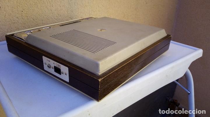 Radios antiguas: TOCADISCOS TAKT RADIO PHONO CON RADIO NO FUNCIONA - Foto 4 - 79171541