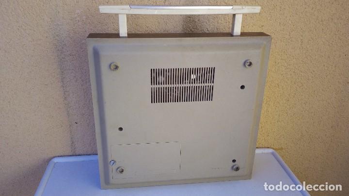Radios antiguas: TOCADISCOS TAKT RADIO PHONO CON RADIO NO FUNCIONA - Foto 6 - 79171541