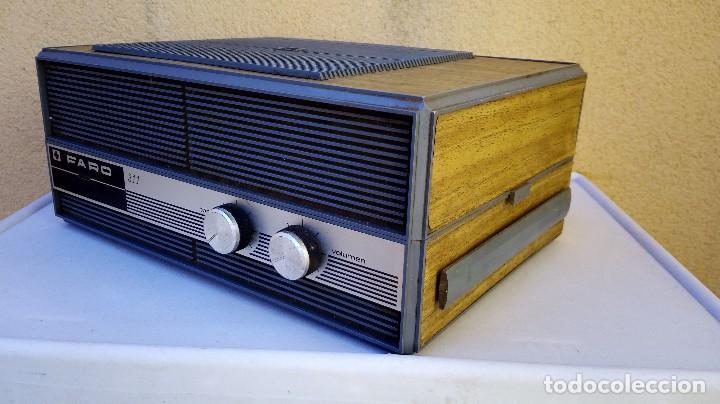 Radios antiguas: TOCADISCOS FARO 311 FUNCIONA PERO SE ESCUCHA UN POCO BAJÓ Y GIRA UNA PIZCA LENTO - Foto 7 - 79172849