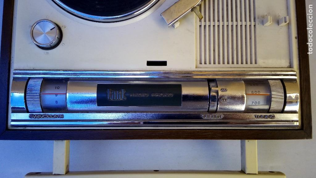 Radios antiguas: TOCADISCOS TAKT RADIO PHONO CON RADIO NO FUNCIONA - Foto 3 - 79171541