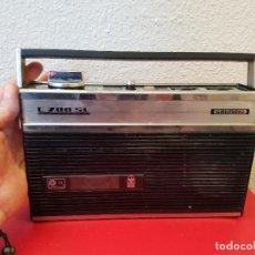 Radios antiguas: APARATO REPRODUCTOR CASSETTE TIPO RADIO ANTIGUA GRUNDIG C 200 SL C200SL AUTOMATIC. Lote 80781874