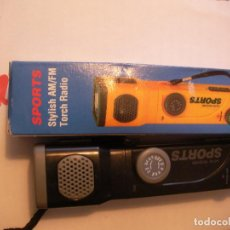 Radios antiguas: RADIO AM-FM Y LINTERNA SPORTS. Lote 82667640