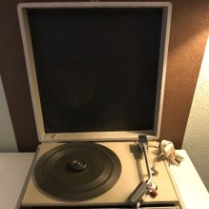 Radios antiguas: TOCADISCOS/MALETA