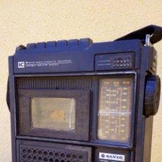 Radios antiguas: TANSISTOR RADIO CASSETTE SANYO M2528N FUNCIONANDO RADIO CASSETTE NO LEER DESCRIPCIÓN. Lote 83864671