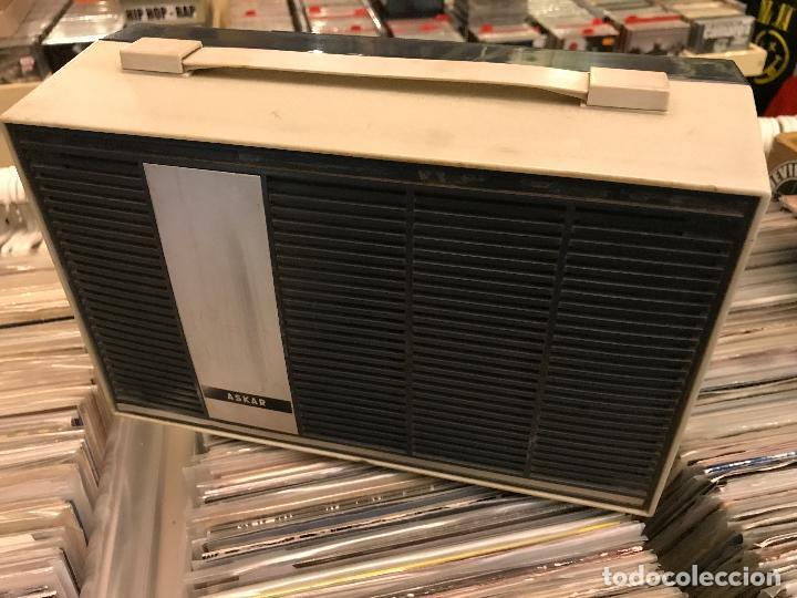 Radios antiguas: Tocadiscos portátil mini tocadiscos Askar - Foto 2 - 84253612