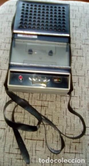CASSETTE REPRODUCTOR RADIOLA-VINTAGE-AÑOS 70 (Radios, Gramófonos, Grabadoras y Otros - Transistores, Pick-ups y Otros)