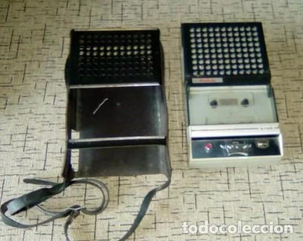 Radios antiguas: CASSETTE REPRODUCTOR RADIOLA-Vintage-Años 70 - Foto 4 - 84528940