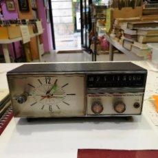 Radios antiguas: RADIO RELOJ CANDLE. Lote 86865124