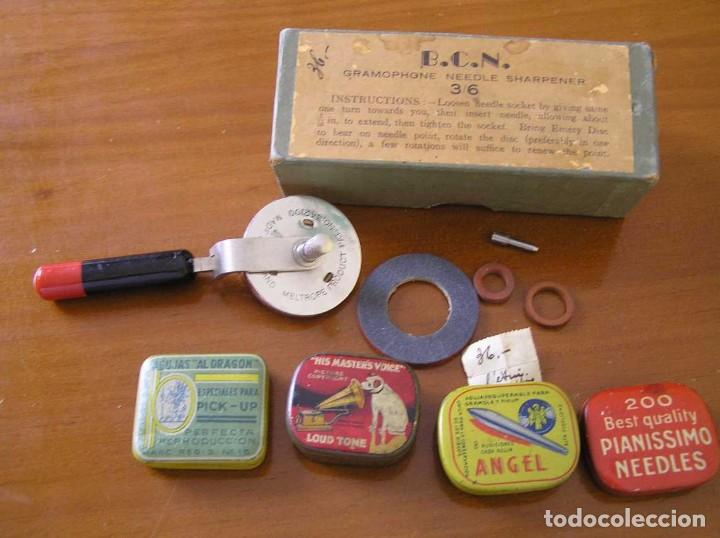 Radios antiguas: ANTIGUO AFILADOR DE AGUJAS DE GRAMOFONO GRAMOLA Y CUATRO CAJA CON AGUJAS GRAMOPHONE NEEDLE SHARPENER - Foto 14 - 87421028