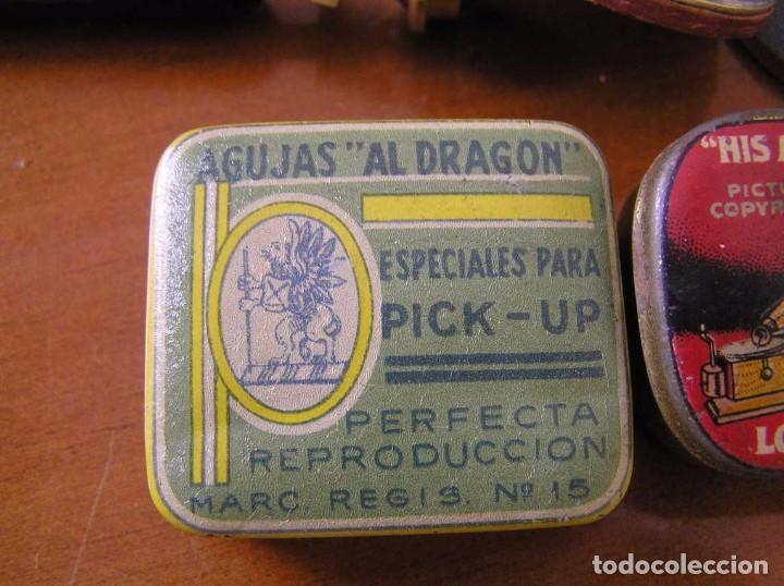 Radios antiguas: ANTIGUO AFILADOR DE AGUJAS DE GRAMOFONO GRAMOLA Y CUATRO CAJA CON AGUJAS GRAMOPHONE NEEDLE SHARPENER - Foto 35 - 87421028