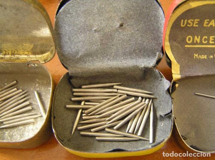 Radios antiguas: ANTIGUO AFILADOR DE AGUJAS DE GRAMOFONO GRAMOLA Y CUATRO CAJA CON AGUJAS GRAMOPHONE NEEDLE SHARPENER - Foto 50 - 87421028