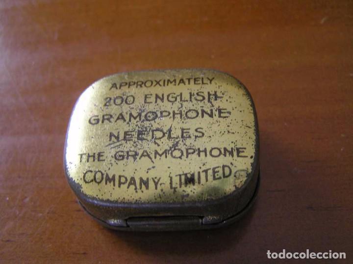 Radios antiguas: ANTIGUO AFILADOR DE AGUJAS DE GRAMOFONO GRAMOLA Y CUATRO CAJA CON AGUJAS GRAMOPHONE NEEDLE SHARPENER - Foto 66 - 87421028
