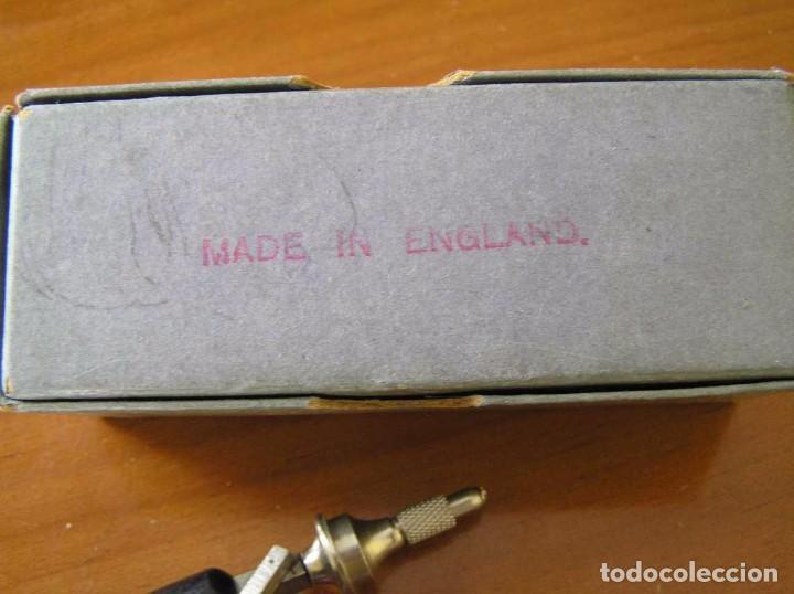 Radios antiguas: ANTIGUO AFILADOR DE AGUJAS DE GRAMOFONO GRAMOLA Y CUATRO CAJA CON AGUJAS GRAMOPHONE NEEDLE SHARPENER - Foto 99 - 87421028