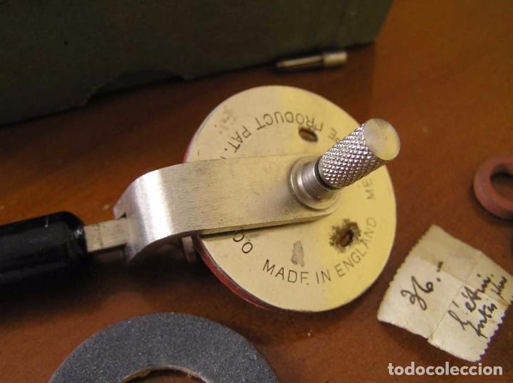 Radios antiguas: ANTIGUO AFILADOR DE AGUJAS DE GRAMOFONO GRAMOLA Y CUATRO CAJA CON AGUJAS GRAMOPHONE NEEDLE SHARPENER - Foto 103 - 87421028