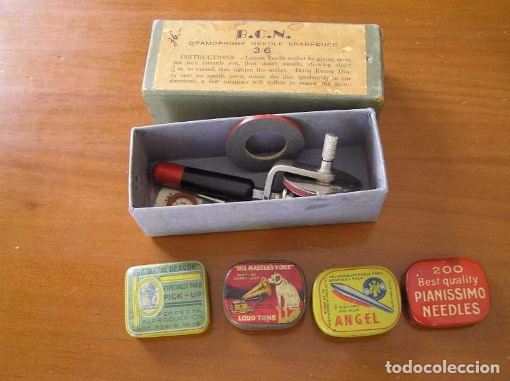 Radios antiguas: ANTIGUO AFILADOR DE AGUJAS DE GRAMOFONO GRAMOLA Y CUATRO CAJA CON AGUJAS GRAMOPHONE NEEDLE SHARPENER - Foto 108 - 87421028