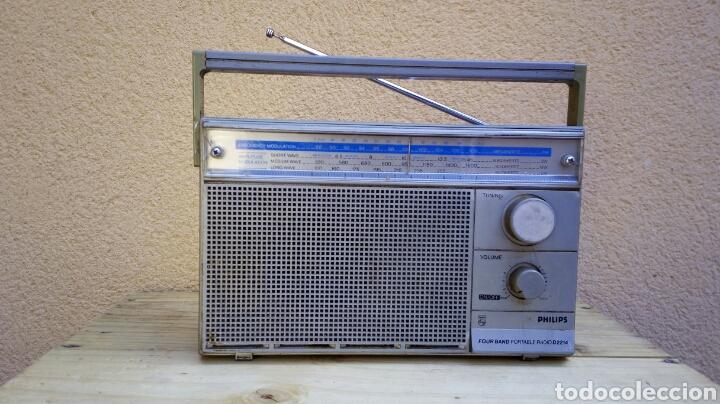 RADIO TRANSISTOR PHILIPS D2214 FUNCIONANDO (Radios, Gramófonos, Grabadoras y Otros - Transistores, Pick-ups y Otros)