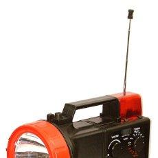 Radios antiguas: RADIO PORTATIL CON LINTERNA. Lote 91988910