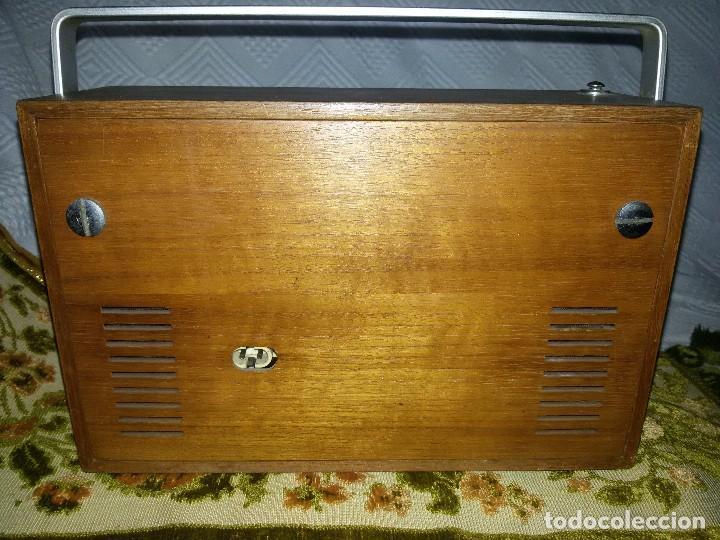 Radios antiguas: RADIO DE COLECCIÓN-SCHAUB-LORENZ AMIGO TK 121061 - Foto 11 - 92996325
