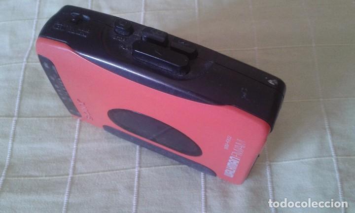 Radios antiguas: Walkman Sony años 80. Necesita reparación. - Foto 3 - 94515346