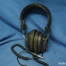 Radios antiguas: AURICULARES YAMAHA MDLO. YM-303 - CON POTENCIÓMETROS DE VOLUMEN. Lote 180919216