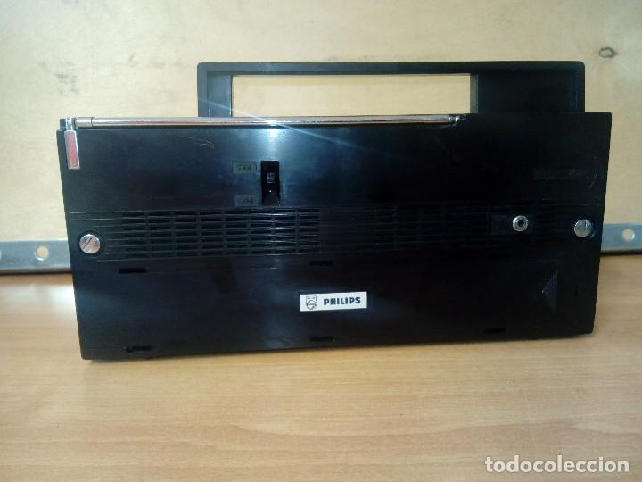 Radios antiguas: Radio transistor philips 30 rl 633 - Foto 3 - 95394311