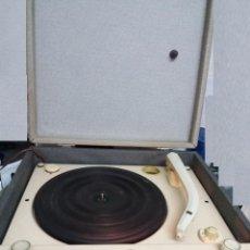 Radios antiguas: TOCADISCOS ANTIGUO. Lote 95855411