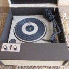 Radios antiguas: TOCADISCOS PORTATIL DE MALETA FONTANA. Lote 96538911