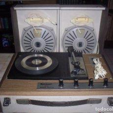 Radios antiguas: TOCADISCOS PORTATIL KONIGER FARO 2500 STEREO CON 2 ALTAVOCES DIVISIBLES . FUNCIONANDO. VER DETALLES.. Lote 97794675
