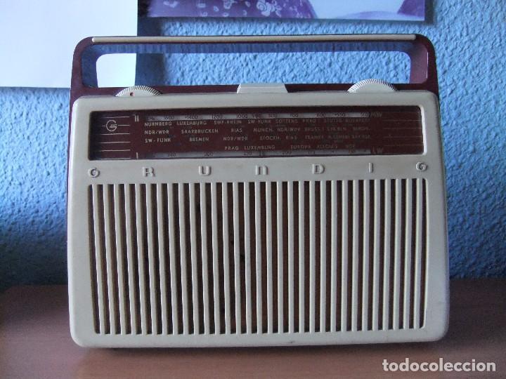 ANTIGUA Y RARA RADIO GRUNDIG AÑOS 60 FUNCIONANDO (Radios, Gramófonos, Grabadoras y Otros - Transistores, Pick-ups y Otros)