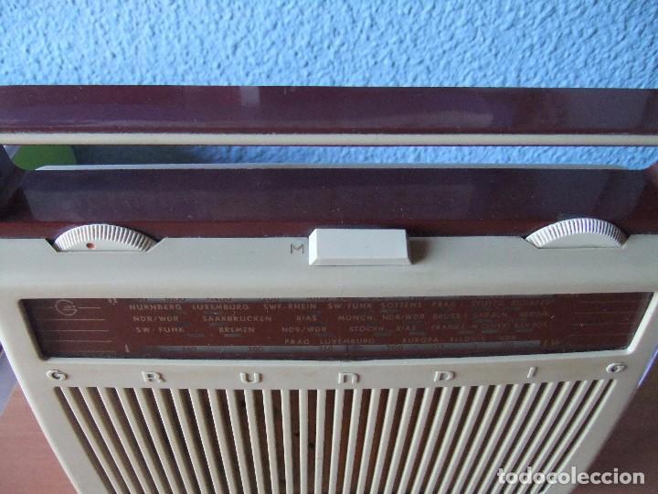 Radios antiguas: ANTIGUA Y RARA RADIO GRUNDIG AÑOS 60 FUNCIONANDO - Foto 3 - 98163591