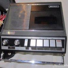 Radios antiguas: CASSETTE SONY. MEDIDA: 22 X 21 X 6 CMS.. Lote 98197715