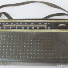 Radios antiguas: ANTIGUO TRANSISTOR LAVIS - CON SU FUNDA ORIGINAL. Lote 98633411