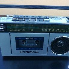 Radios antiguas: RADIO CASSETTE EN PERFECTO ESTADO.. Lote 98804160