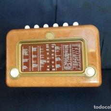 Radios antiguas: RADIO COLECCION - FUNCIONANDO. Lote 99143443