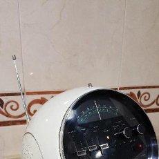 Radios antiguas: RADIO WELTRON MODELO 2001 ¡¡¡ ESTILO VINTAGE FUTURISTA ¡¡¡ FUNCIONA A LA PERFECCIÓN . Lote 100399511
