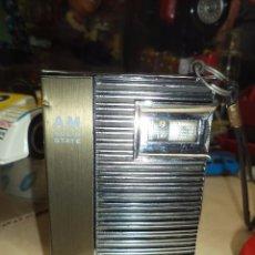 Radios antiguas: RADIO TRANSISTOR JAPONÉS SHARP SOLID STATE A.M.AÑOS 70.. Lote 101310283