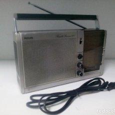 Radios antiguas: RADIO PHILIPS AM/FM CON CABLE ANTIGUO BUENA CALIDAD, FUNCIONA. Lote 101687639