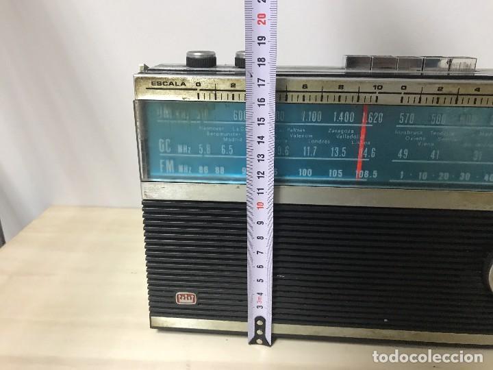 Radios antiguas: ANTIGUA RADIO TRANSISTOR FM-AM - Foto 5 - 102357791