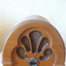 Radios antiguas: RADIO ESTILO RÚSTICO. Lote 102392487