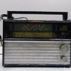 Radios antiguas: ANTIGUA TRANSISTOR RADIO VEF 206 UNIÓN SOVIÉTICA AÑOS 60 ERA COMUNISTA. Lote 102401463